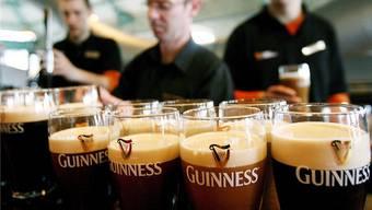 Bier – hier das weltbekannte Guiness – gehört zur irischen Kultur: Bald auch beim Autofahren?