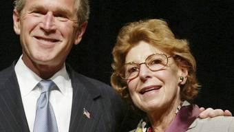 Helen Frankenthaler mit George W. Bush (Archiv)
