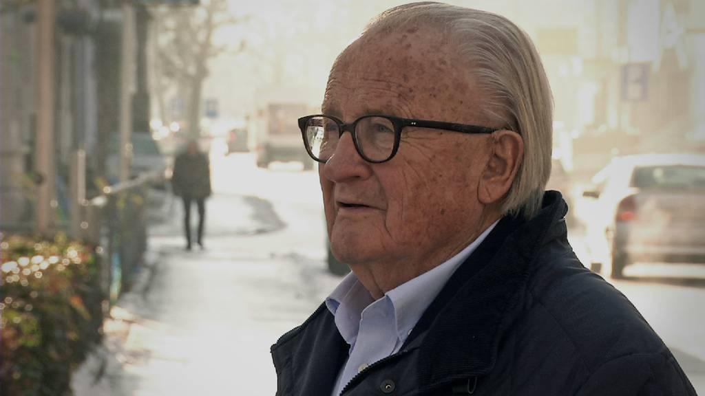 Rentner Alex Fürer kämpft mit Einsprachen seit Jahren gegen ein geplantes Seniorenheim in Gossau.