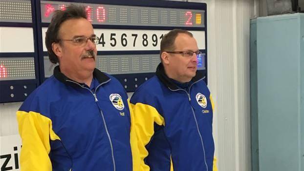 Rolf Boner und Christian Schaller (von links) von Zürich haben gegen Dübendorf 2 keine Chance.