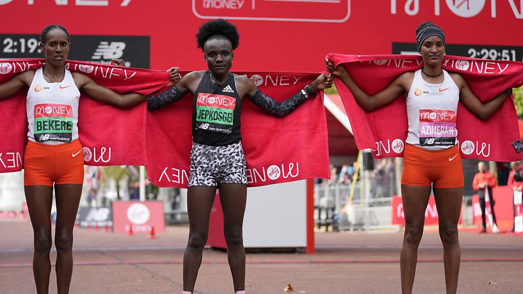 Neue Siegerin und neuer Sieger beim London-Marathon