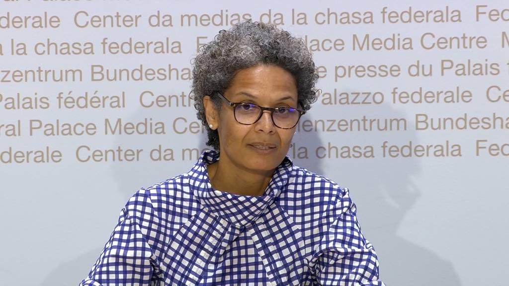 Corona-Pressekonferenz: Premiere für Berner Kantonsärztin Linda Nartey