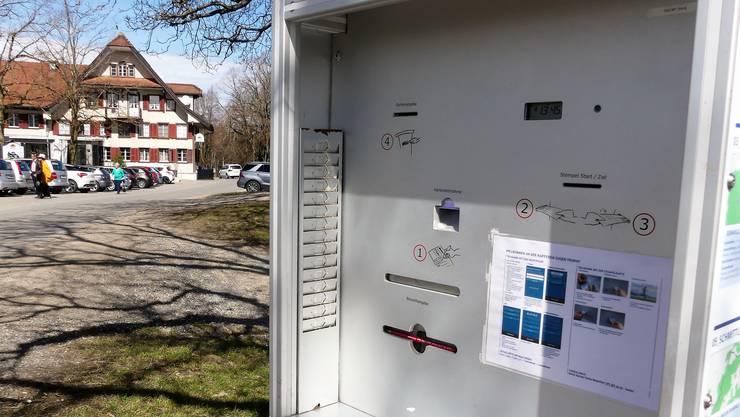 Auf dem Horben und in Auw stehen identische Kartenautomaten, an denen die Teilnahmekarten abgestempelt werden können.