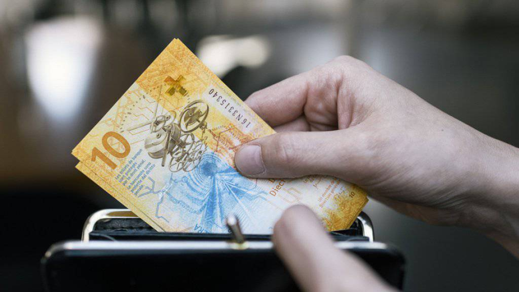 Viel Aufwand um wenig Geld: Ein Berner Anwalt fühlte sich von seiner Praktikantin verschaukelt.