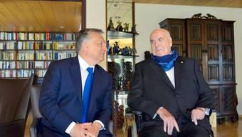 Orbán (l.) und Kohl sendeten nach ihrem Treffen versöhnliche Signale aus.