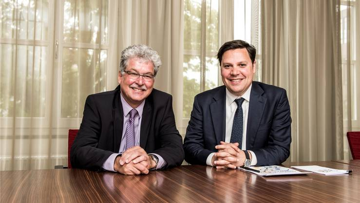 Sie präsentierten die Regionalstudie der Credit Suisse (v.l.): Rolf Hofstetter (Head Local Management Team Solothurn-Oberaargau der CS) und Thomas Rühl (Leiter des Schweizer Regionenresearch der CS).