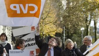 Am 5. November 2012 reichte die CVP ihre Initiative ein (Archiv)