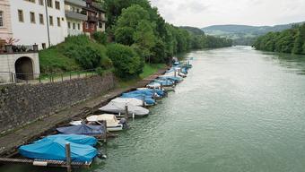 Der Hafen am Rheinufer vor Kaiserstuhl gehört zum Naherholungsgebiet der Stadt und soll vergrössert werden.