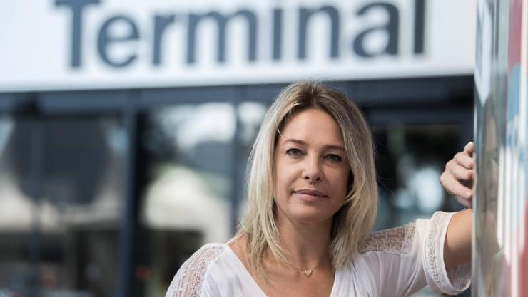 Die Nachfolge von Julia Detourbet übernimmt Davide Pedrioli, Direktor vom Flughafen Locarno.