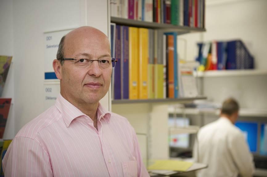 Pietro Vernazza, Chefarzt für Infektiologie am Kantonsspital St.Gallen (Archivbild: Tagblatt/Ralph Ribi)