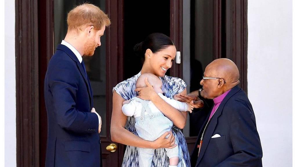 Erste Aufnahmen von Baby Archie in Afrika