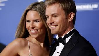 Der überraschende Rücktritt von Formel-1-Weltmeister Nico Rosberg ist in erster Linie eine Liebeserklärung an seine Frau Vivian. (Archivbild)