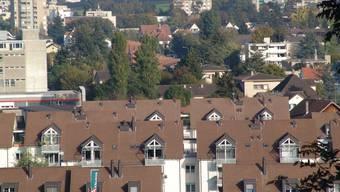 Steuerpolitik: Wohin «steuern» die Urdorfer Einwohner, hier Sicht über Niederurdorf, mit ihrer Finanzplanung? (Flavio Fuoli)