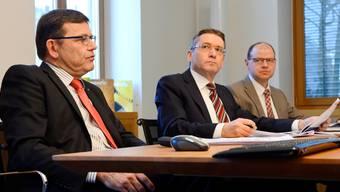 AEK-Direktor Walter Wirth, Verwaltungsratspräsident Pirmin Bischof und Thomas Huber, BereichsleiterFinanzen (v.l.)