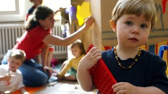 Die Kinderbetreuung ist aus bürgerlicher Sicht ausreichend in Basel-Stadt. Die Linke ist anderer Meinung.