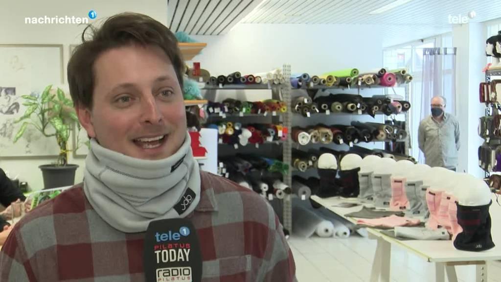 Familie aus Kriens produziert coronagerechte Halswärmer