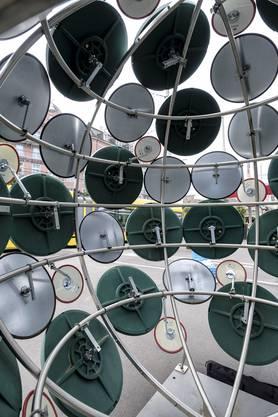 Blick ins Innere der Kunstinstallation von Claudio Moser.