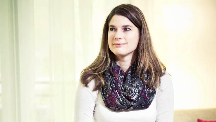 Bis im November wird sie kaum Zeit auf dem Sofa verbringen können: SVP-Politikerin Nadja Pieren in ihrer Burgdorfer Wohnung.Annika Bütschi