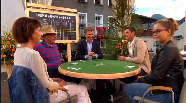 Am Tisch die Jasser Daniel Huwiler (Wohlen), Mirjam Bolliger Keller und Ella Keller (Mutter und Tochter, Klingnau).