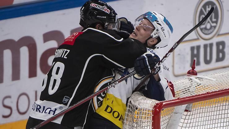 Der Luganese Raffaele Sannitz (links) und Zugs Carl Klingberg mögen einander hier nicht