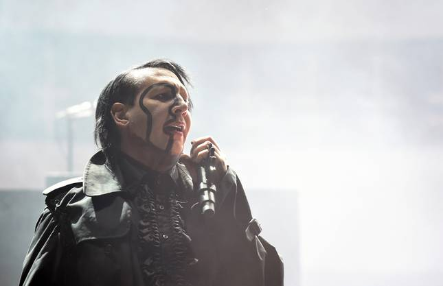 Marilyn Manson wurde am 05.01.1969 geboren.