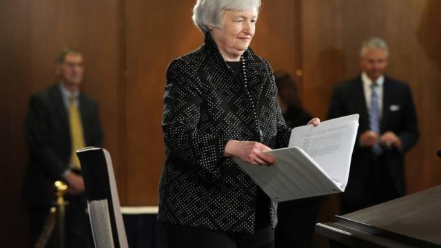 Die Fed-Chefin Janet Yellen vor der Medienkonferenz