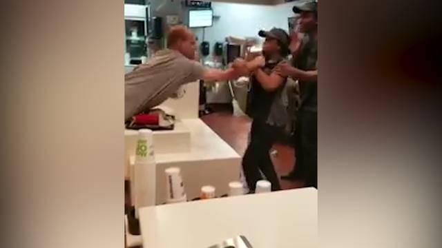 Prügelei in McDonalds-Filiale geht viral