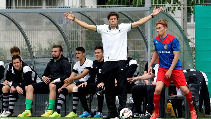 Engagiert war Benjamin Huggel bei seinem Einstand als Trainer.