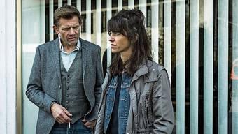 Ermittlerduo Kägi (Marcus Signer) und Wilder (Sarah Spale).