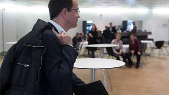 Bitterer Gang: Daniel Stolz verliert seinen Nationalratssitz und seine FDP kassiert in Basel eine krachende Niederlage.