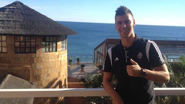 Aleksandar Dragovic geniesst die spanische Wärme.