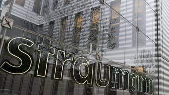 Der Verkauf von Straumann-Aktien durch den Staatsfonds von Singapur GIC hat die Titel der Zahnimplantate-Firma unter Druck gesetzt.