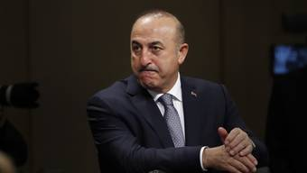 """Der türkische Aussenminister Mevlüt Cavusoglu kritisiert US-Präsident wegen dessen Haltung im Fall Khashoggi scharf: """"In gewisser Weise sagt er: 'Ich werde die Augen verschliessen'"""", sagte Cavusoglu am Freitag dem Sender CNN-Türk."""