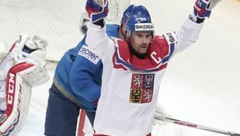 Tschechiens Captain Tomas Plekanec bejubelt eines seiner zwei Tore gegen Kasachstan