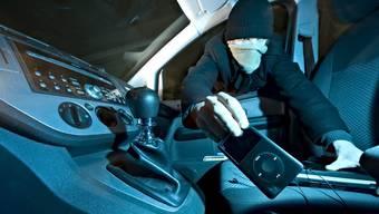 In der Nacht auf Dienstag wurden mehrere Autos aufgebrochen. (Symbolbild)