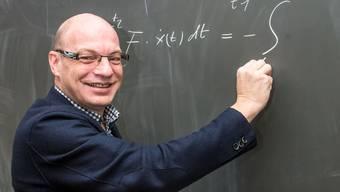 Grossratspräsident Remo Gallacchi (CVP), hauptberuflich Gymnasiallehrer, hält daran fest, dass der Saalverweis richtig war.