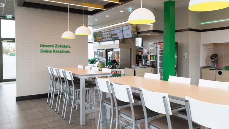 So wie hier in Deutschland präsentieren sich die neuen Subway-Filialen im sogenannten Fresh Forward Design.