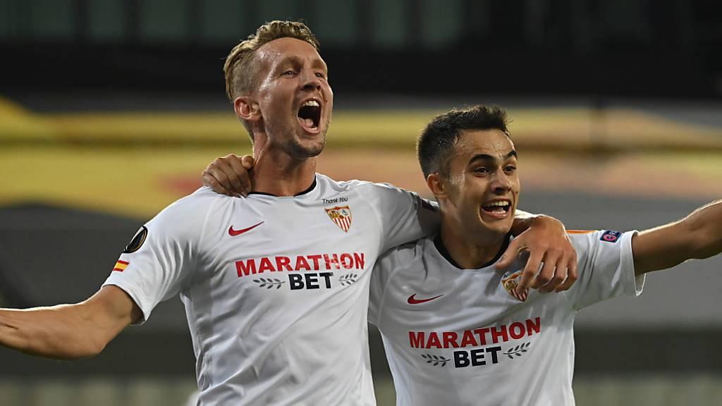 Luuk de Jong sorgt für Entscheidung gegen Manchester United