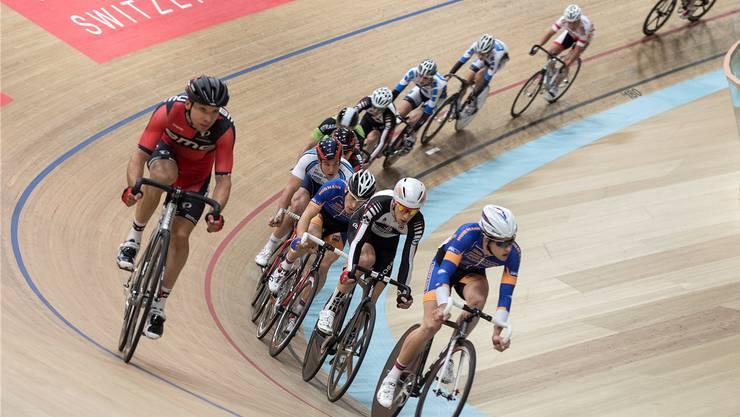 Runde für Runde Rad an Rad: «Es sieht schwerer aus, als es ist», sagt Nationaltrainer Daniel Gisiger.