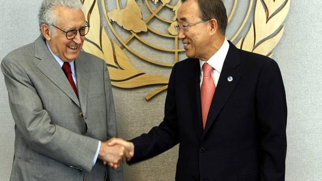 Der neue Syrienvermittler Lakhdar Brahimi (l.) mit UNO-Generalsekretär Ban Ki Moon in New York