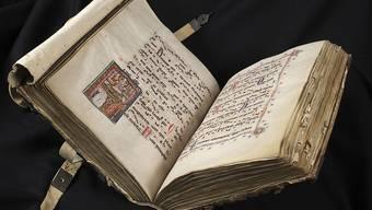 """Das Gesangsbuch des Dominikanerklosters St. Katharinental (um 1312) ist Teil der Ausstellung """"Glanzlichter der Gottfried Keller-Stiftung"""" im Landesmuseum in Zürich. Sie dauert vom 14. Februar bis 22. April 2019."""