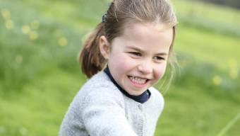 Ein normales, kleines Mädchen - aber eben ein royales: Prinzessin Charlotte feiert ihren vierten Geburtstag.