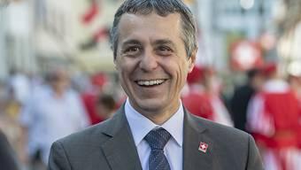 Die aussenpolitische Vision 2028 von Bundesrat Ignazio Cassis will den Spagat schaffen zwischen einem weitreichenden Marktzugang in die EU und grösstmöglicher politischer Eigenständigkeit der Schweiz. (Archivbild)