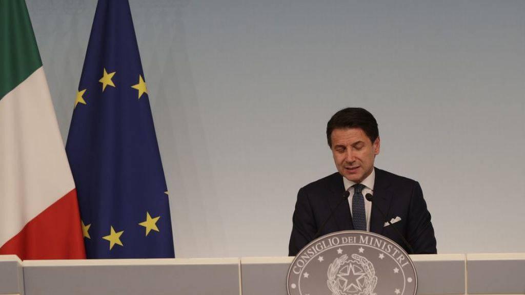 Die Lega will den parteilosen Ministerpräsidenten Giuseppe Conte mit einem Misstrauensvotum absetzen. (Archivbild)