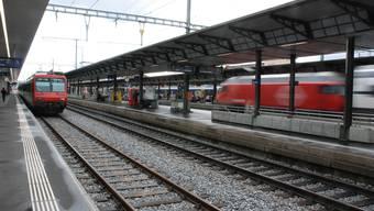 Der Interregio von Zürich nach Bern sollte heute um 18.44 in Aarau halten. Doch: Der Lokführer vergass anzuhalten.