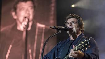 Der französische Sänger Patrick Bruel begeisterte am Sonntagabend mit seinem Auftritt am Paléo-Festival die Massen.