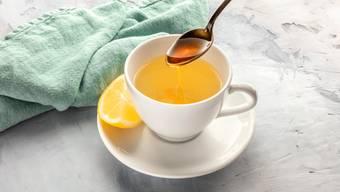 Buchweizenhonig hilft gegen Husten - zusammen mit dem griechischen Cystustee ist das fast ein Wundermittelchen bei Erkältungen.