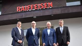 Mitglieder der Bankleitung und des Verwaltungsrates der neu fusionierten RB Regio Frick-Mettauertal.
