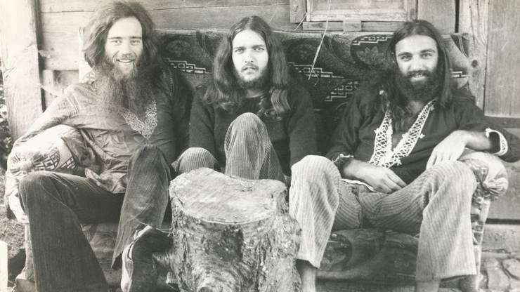 """Hanspeter und Ueli Frey, Felix Bugmann und Ewa Jonsson lebten Anfang der 70er-Jahre zusammen in der Kommune. Die Hippies gründeten die Band """"Lovecraft""""."""