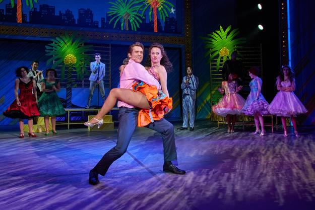 Gemeinsam mit Cha Cha gewinnt Danny den Tanzwettbewerb an der Schule.